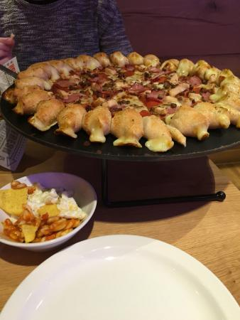Pizza Hut Chelmsford Chelmer Village
