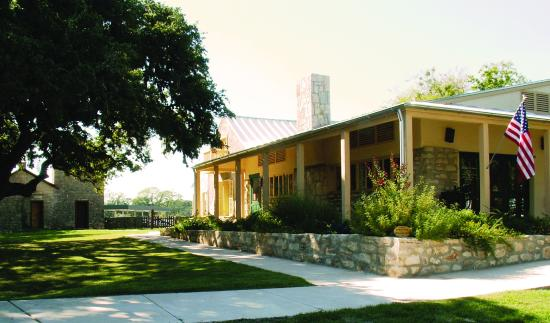 Boerne Visitor Center (Kingsbury-Shumard House)
