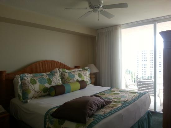 Lovers Key Resort: Bedroom view