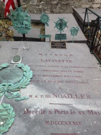 Pictus Cemetery (Cimetiere de Picpus): Tombe de La Fayette