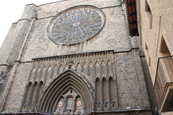 Runner Bean Tours Barcelona: Barcelona Cathedral