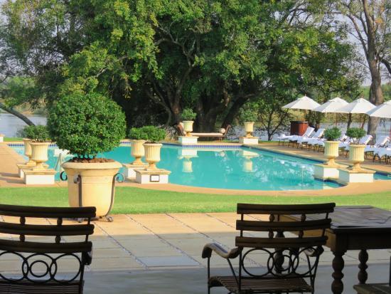 La piscina picture of royal livingstone victoria falls for Piscinas vitoria