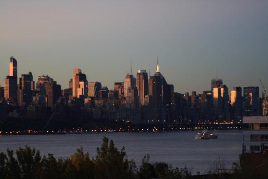 Homewood Suites by Hilton Edgewater - NYC Area: Early morning view from 5th floor