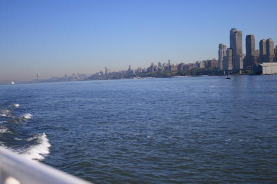 Homewood Suites by Hilton Edgewater - NYC Area: up river from the ferry port