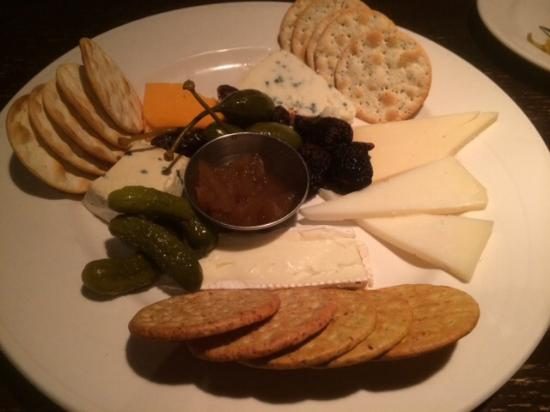 The Toasted Frog: Cheese tray appy
