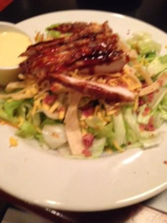Bare Bones Grill and Brewery: Bare Bones Special Salad