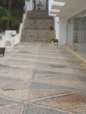 Albufeira Jardim - Apartamentos Turisticos: and more steps