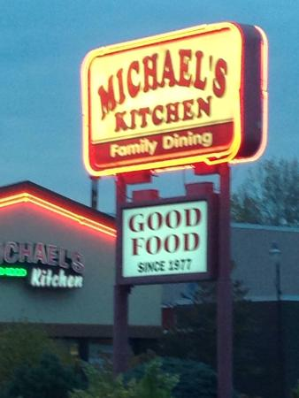 ‪Michael's Kitchen‬