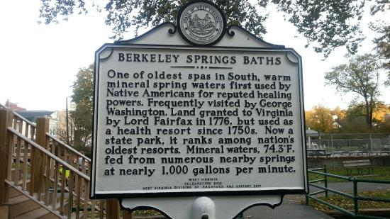 Berkeley Springs, Virgínia Ocidental: 20151020_174833_large.jpg