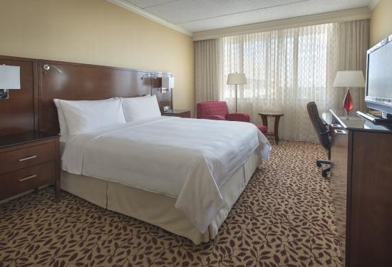 Long Island Marriott Updated 2018 Hotel Reviews Price Hotel Near Me Best Hotel Near Me [hotel-italia.us]