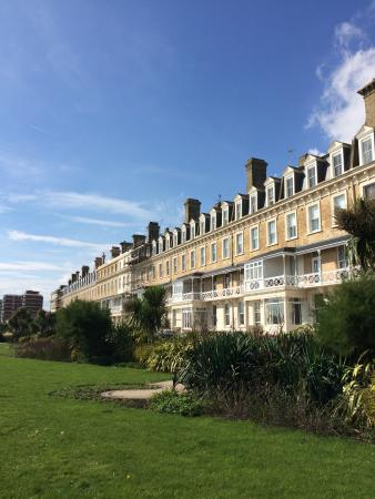 Rustington, UK: Elegant homes in Worthing