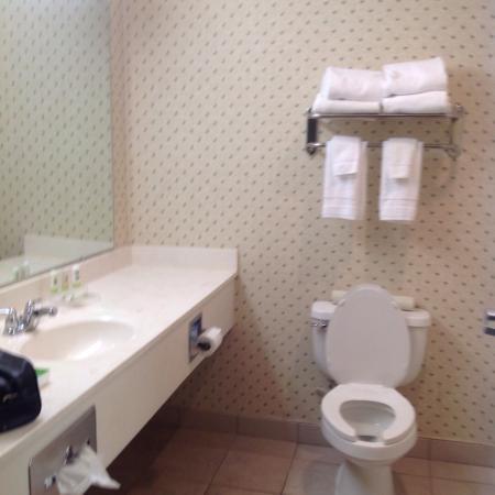 Country Inn & Suites By Carlson, Roanoke: photo2.jpg