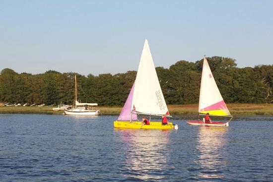 Lawrenny Arms: sailing days