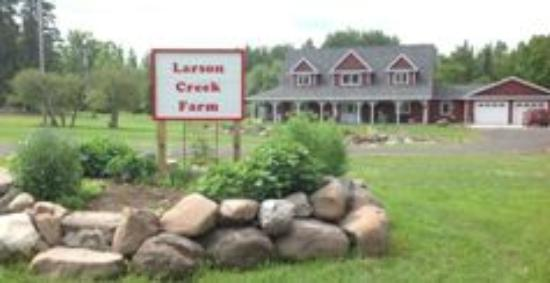 Port Wing, WI: Larson Creek Farm Bed & Breakfast
