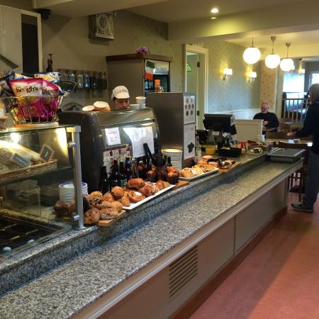 Walsh's Bakery and Coffee Shop: inside of store