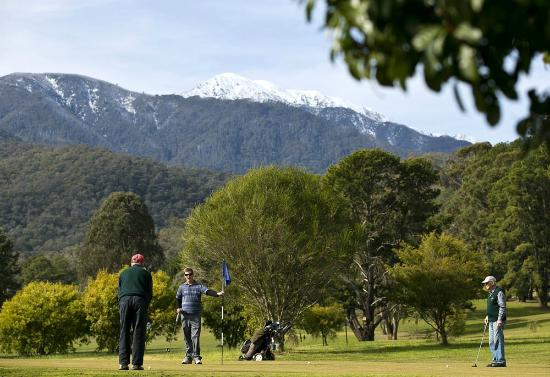 Mt Beauty Golf Club: 6