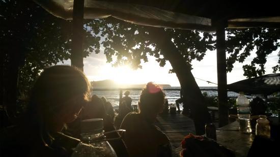 Ten103 Treehouse Bay: An der Bar
