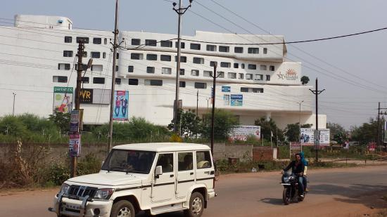 Bhilai, India: Side View of Mall