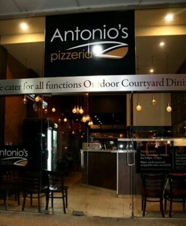 Antonios Pizzeria
