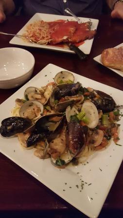 La Cucina Italian Grill : 20151021_202827_large.jpg