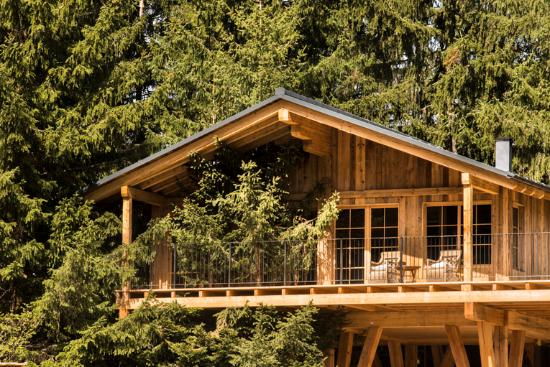 Avelengo, Italy: Treehouses for couples and families