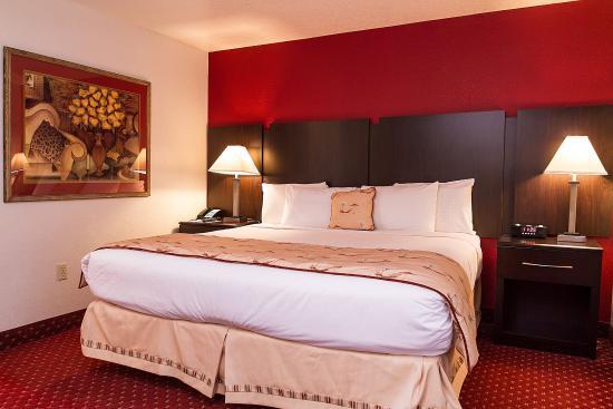 Sirata Beach Resort: King Suite
