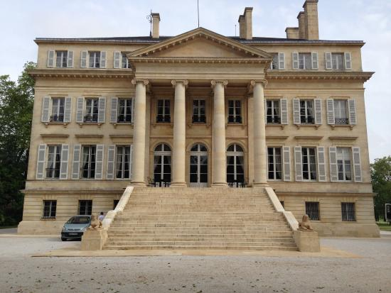 Ch teau margaux et pavillon rouge visite des chais for Chateau margaux