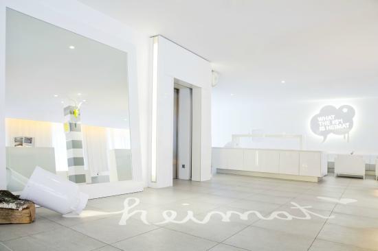 the pure updated 2018 prices hotel reviews frankfurt germany tripadvisor. Black Bedroom Furniture Sets. Home Design Ideas