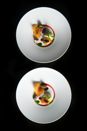 Ultraviolet by Paul Pairet: UV DISH: TOMATO MOZZA AND AGAIN