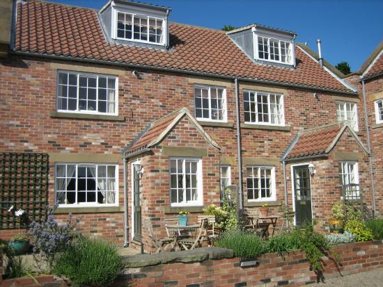Ruswarp, UK: Croft Farm Cottages Exterior