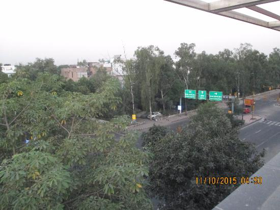 Tavisha Hotel: View from the roof