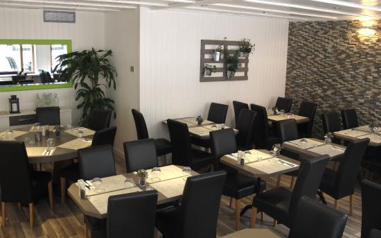 Notre salle manger picture of l 39 effet papillon - Salle a manger papillon but ...
