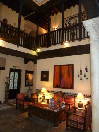 Hotel Zaguan del Darro: Patio