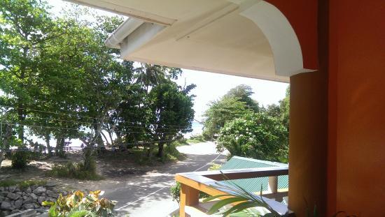 Georgina's Cottage Beach Guesthouse: Вид из номера второго этажа