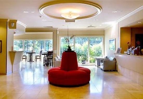 Dolce Stockton Seaview Hotel & Golf Club: Elizabeth Arden Lobby