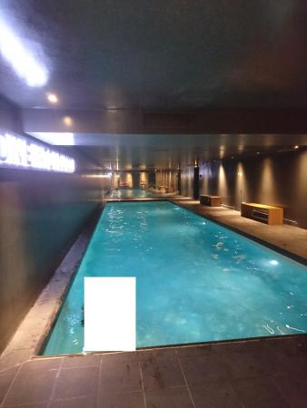 Piscine photo de saint james albany hotel spa paris for Spa avec piscine paris