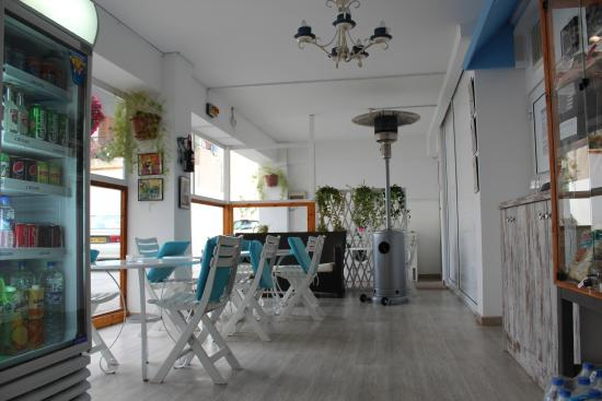 Eleonora Hotel Apartments: Dining Area