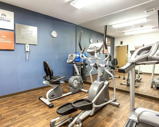 Comfort Suites: Fitness Center