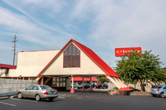 Econo Lodge Battle Creek: Exterior
