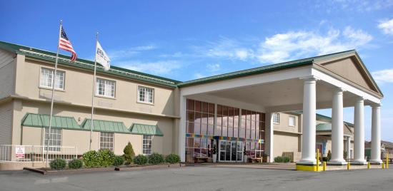 Park Inn by Radisson Harrisburg West