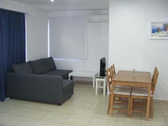 Sun Hall Beach Hotel Apartments: Akteon Studio Suite