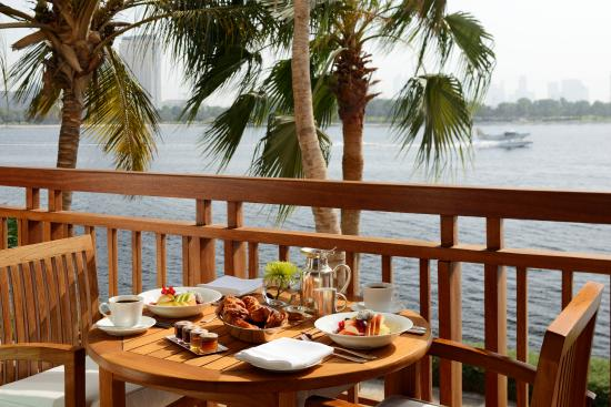 Park Hyatt Dubai : In-room breakfast on the balcony
