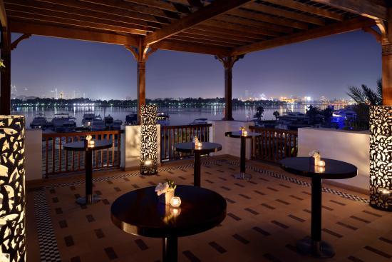 Park Hyatt Dubai: Outdoor Dining at Traiteur's Upper Bar