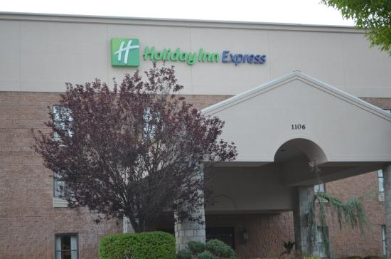 ‪Holiday Inn Express Hotel & Suites West Point‬