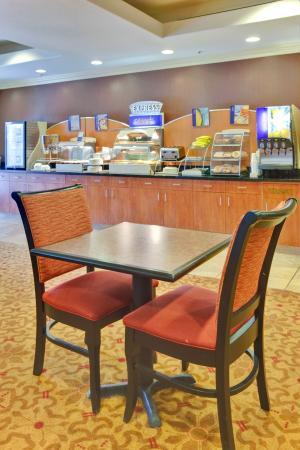 Портервилль, Калифорния: Breakfast Area