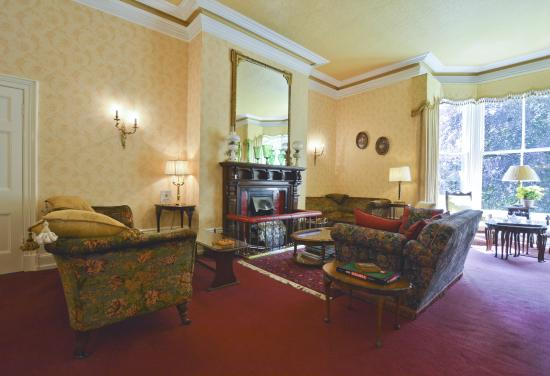 Farlam Hall Country House Hotel: Chill and chat
