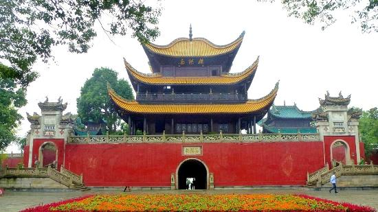 Yueyang Low backside with tunnel entrance - Horst_8877