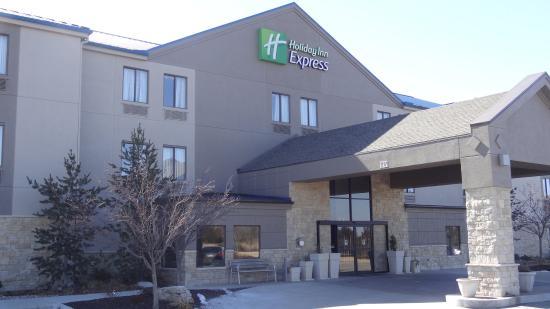Holiday Inn Express Bonner Springs