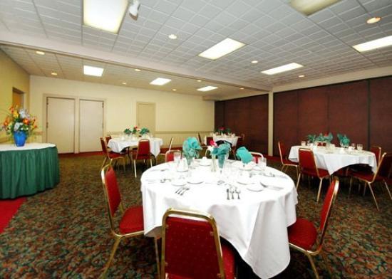 Burnham, PA: Meeting Room
