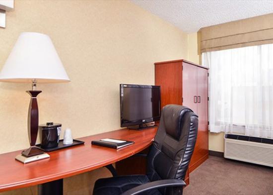 Sleep Inn: Desk
